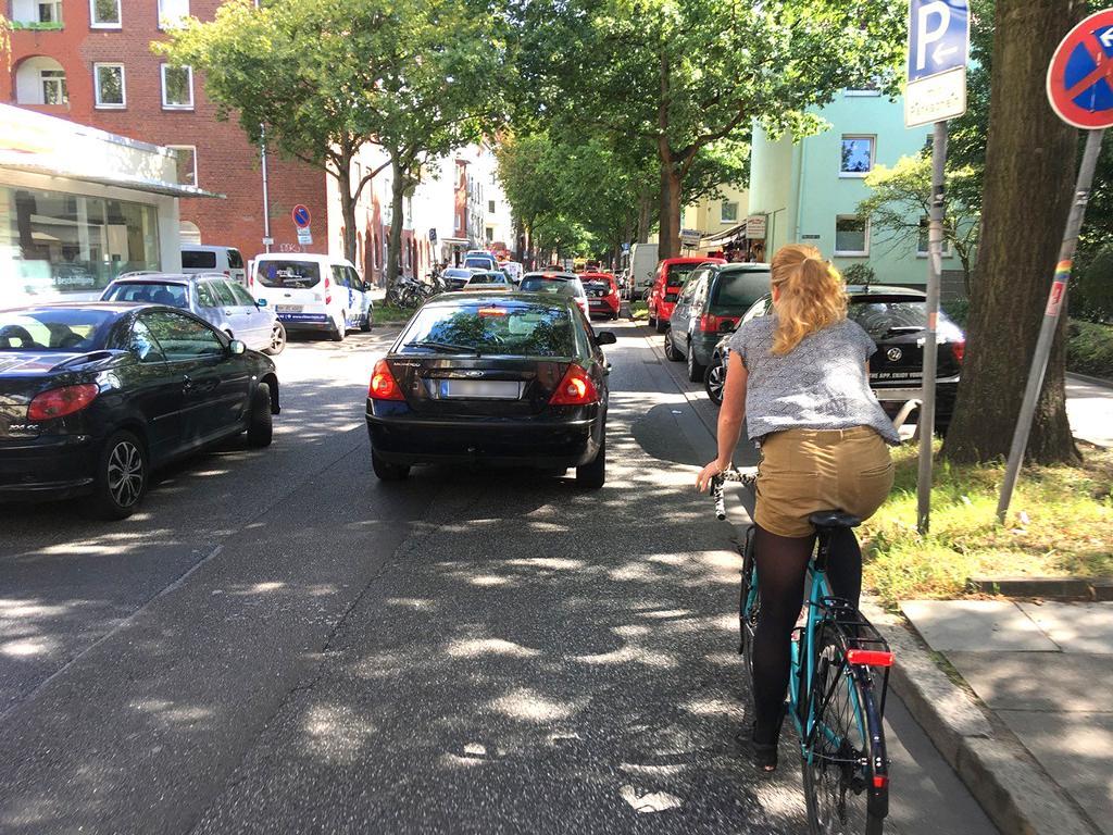 Die Fährstraße ist für viele Radfahrer ein Ärgernis. Foto: ein